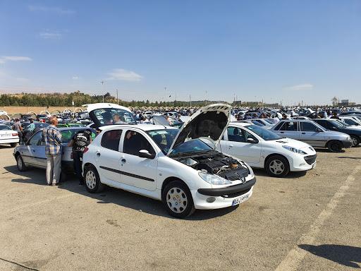 نظر کارشناسان درباره بازگشت امکان درج قیمت خودرو