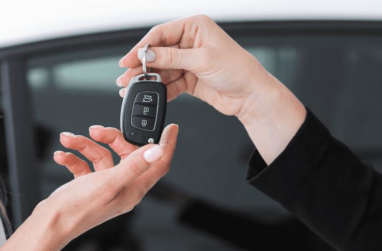 یک روایت دست اول از خرید خودرو با سرویس خرید سفارشی کارنامه